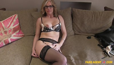 Mature blonde Summer Rose with glasses fucked on the fake casting