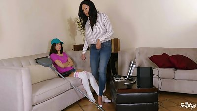 Energized mom seduces young pretence daughter