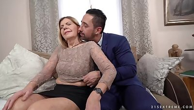 Mature blonde woman, Samantha and a handsome, issue guy Mugur are fucking in her living room