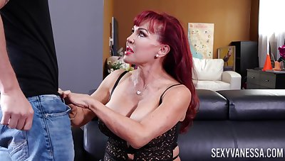 Effectively breasted mature Latina redhead Glum Vanessa gives awesome blowjob