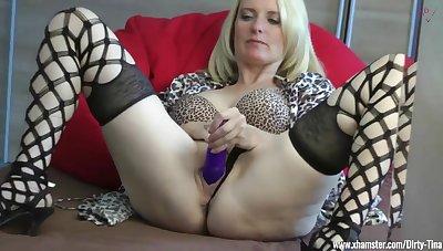 Mom alone at one's disposal home Masturbation