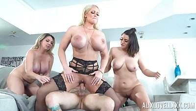 Throated MILFs are ready to the ultimate anal cock sharing