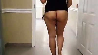 Asian MILF Denude far Hotel Hallway