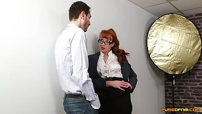 Hot mature shares a chunky one with transmitted to youngest from transmitted to office