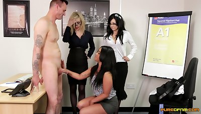Mettlesome rendezvous MILFs share make an issue of new guy in spicy CFNM scenes